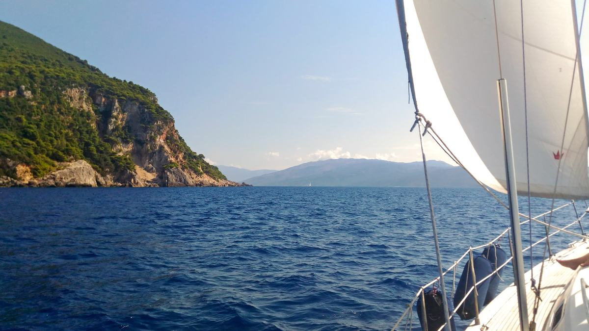 vacanze e weekend in barca a vela Ponza Palmarola Ventotene Arcipelago Pontino