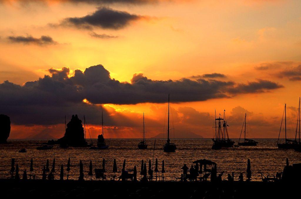 Mare & Vento vacanze in barca a vela Isole Eolie Vulcano