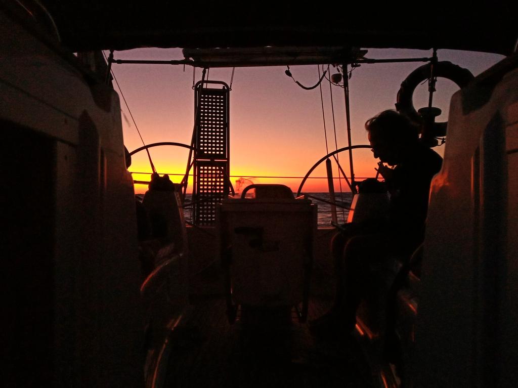 relax al tramonto dopo un bella veleggiata