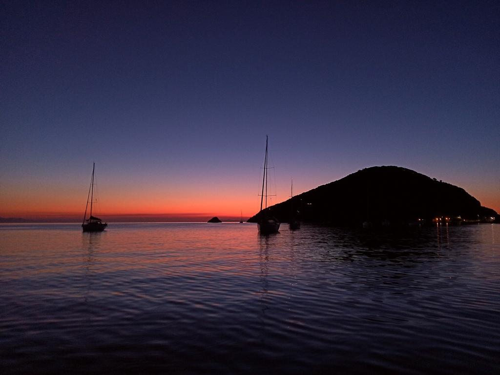 Elba, tramonto a Capo d'Enfola